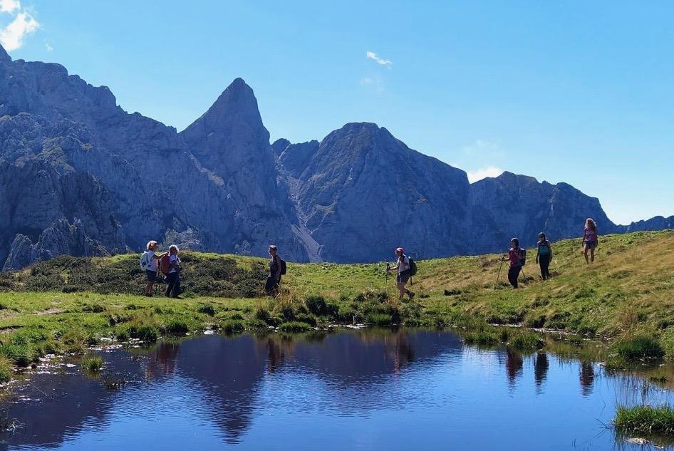 Fino a ottobre in gita con le Guide alpine lombarde