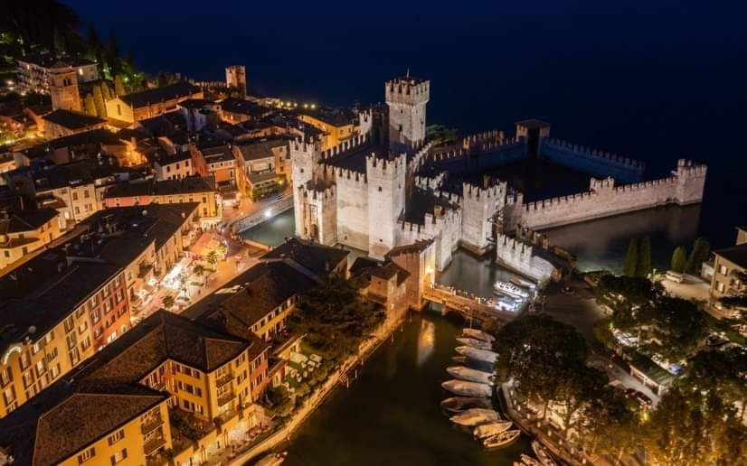 Sirmione sotto le stelle