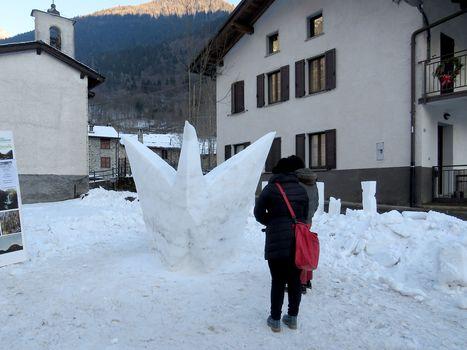 Sculture di neve nel weekend a Valbondione