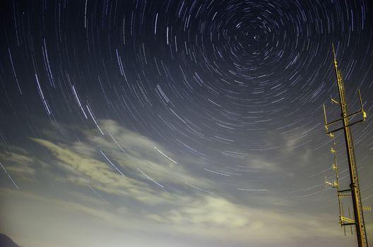 Notti di stelle cadenti, si scruta il cielo