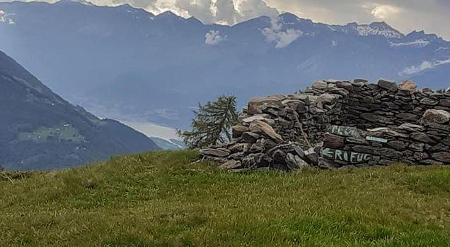 Lavori sulla strada per il rifugio Alpe Piazza