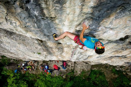 Rinviato per il maltempo il Valgua Climbing Festival