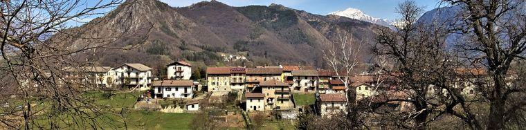 38154_50-camonier-bella-contrada-con-vista-sui-monti-della-val-serina-jpg.jpg