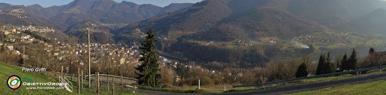 38051_02-da-questa-vista-panoramica-prendo-ispirazione-per-anello-in-canto-alto-via-stabello_sent-507a-in-salita-e-via-poscante-in-discesa_sent507-jpg.jpg