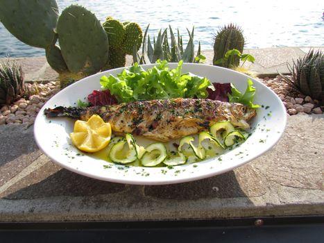 A Monte Isola un mese di cucina e incontri