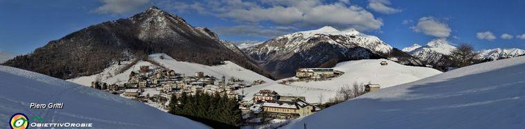 37485_12-dal-roccolo-vista-su-valpiana-con-monte-castello-menna-arera-gremjpg.jpg
