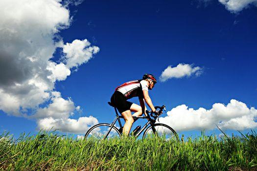 BERGHEM#molamia, in bici per rinascere