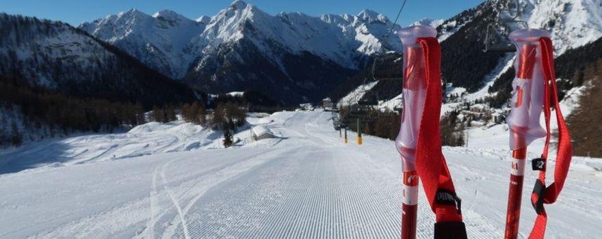 Nuovo stop. «Nessun rispetto per il mondo dello sci»