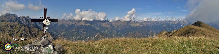 36944_41-vista-panoramica-dalla-crocetta-dell_aralalta-_2006-m_-con-il-baciamorti-_2009-m_-a-dxjpg.jpg