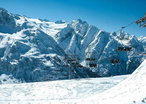 Turismo invernale in ginocchio