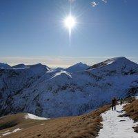 Bellissimo giro molto panoramico, sopratutto in inverno. Peccato che le foto non rendano giustizia al luogo .
