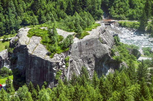 Corso di arrampicata per bambini in Valmasino