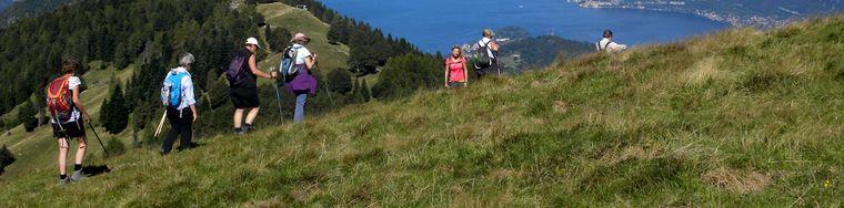 36150_hikingonlakecomo_sanprimo_grouphikes2_scaledjpg.jpg