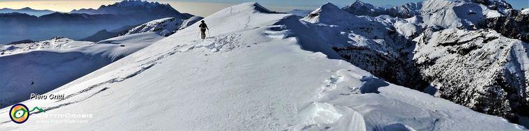 34858_39-bella-passeggiata-pestando-neve-dal-baciamorti-all_aralalta-con-vista-in-resegonejpg.jpg