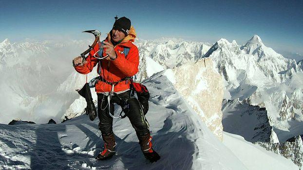 Gasherbrum II Urubko tenta una nuova via