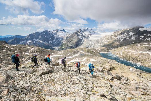 Orobie Extra. Orme di una grande amicizia tra i ghiacci dell'Adamello