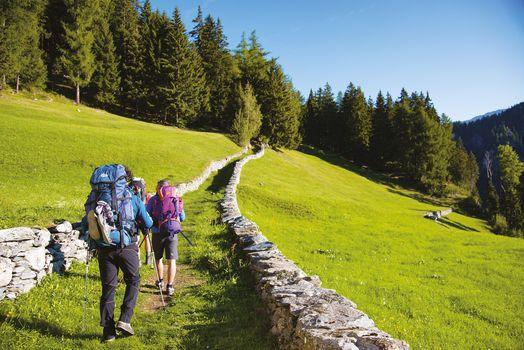 Trenta nuove guide di media montagna